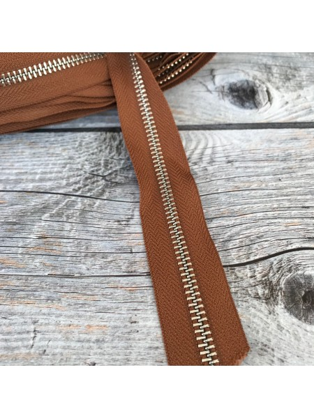 Молния YKK №5 коричневая тесьма никель
